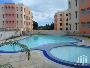 Modern 2 Bedroom Family  Apartment With A Pool At A Serene Secure