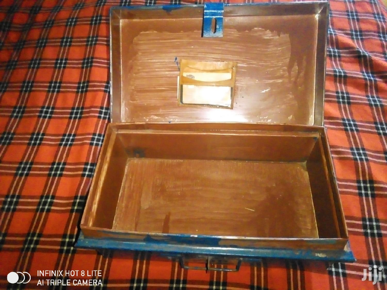 Archive: Cash Box Ideal For Savings